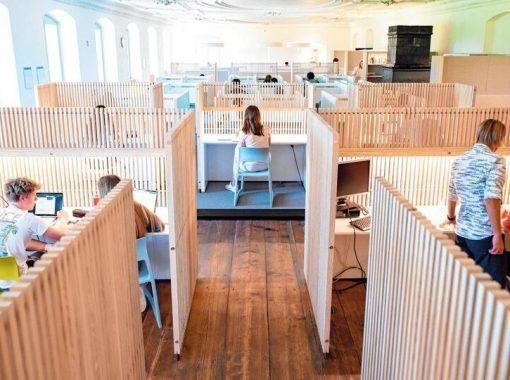 Blick in einen Raum des Lernzentrum Salem